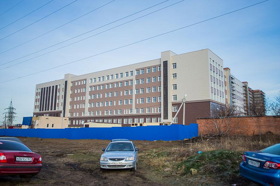 Краснодарское высшее военное училище по ул. Грибоедова, 12 в г. Краснодаре